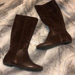 Bass Brown Boots